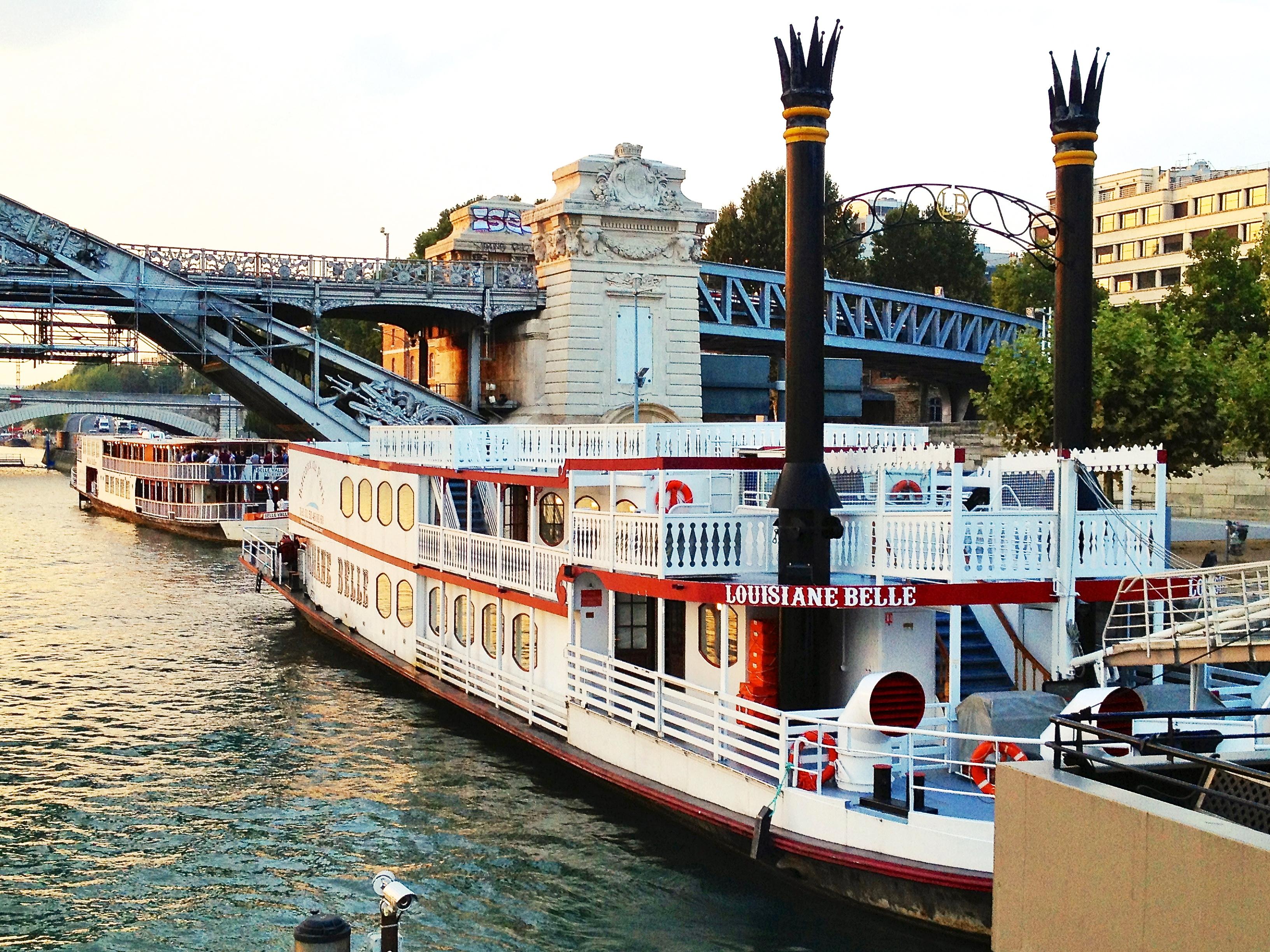 Organisation événement bateau Paris – Location bateau événement